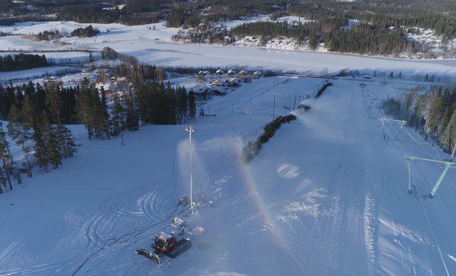 Tervetuloa hiihtolomalle – Rinteitä ristiin ja rastiin